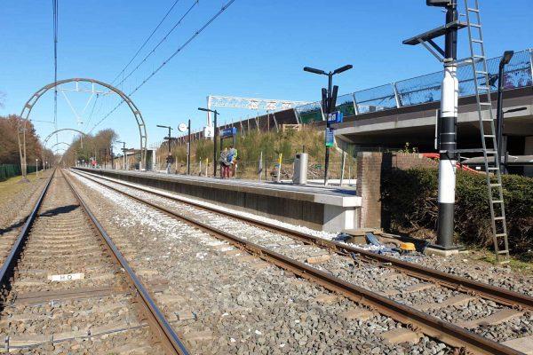 Station Hollandsche Rading - perron 2